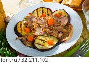 Купить «Roasted lamb meat with grilled eggplant», фото № 32211102, снято 27 мая 2020 г. (c) Яков Филимонов / Фотобанк Лори