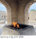 Купить «Азербайджан, храм огня Атешгях, горящие выходы естественного газа», фото № 32217694, снято 10 сентября 2019 г. (c) Овчинникова Ирина / Фотобанк Лори