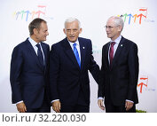 Купить «29.09.2011 Warsaw, Poland. Eastern Partnership Summit. Pictured: Jerzy Buzek, Donald Tusk, Herman van Rompuy», фото № 32220030, снято 22 октября 2019 г. (c) age Fotostock / Фотобанк Лори
