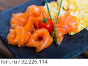 Купить «Omelet with salmon», фото № 32226114, снято 14 декабря 2019 г. (c) Яков Филимонов / Фотобанк Лори