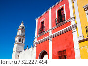 Купить «The Our Lady of the Immaculate Conception Cathedral. It is the main Catholic building within the fortified city of Campeche in Mexico», фото № 32227494, снято 25 января 2020 г. (c) easy Fotostock / Фотобанк Лори