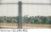 Купить «30 AUGUST 2019 MOSCOW, RUSSIA: A big white airplane with side propellers is taking off the runway», видеоролик № 32240402, снято 19 октября 2019 г. (c) Константин Шишкин / Фотобанк Лори