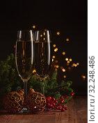 Купить «Champagne. New year and Christmas.», фото № 32248486, снято 11 октября 2018 г. (c) Мельников Дмитрий / Фотобанк Лори