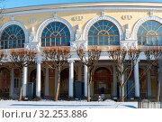 Купить «Павловский дворец. Дворцовая галерея.  Павловск, Санкт-Петербург», эксклюзивное фото № 32253886, снято 8 марта 2019 г. (c) Александр Щепин / Фотобанк Лори