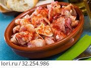 Купить «Spanish dish - roasted pig ears», фото № 32254986, снято 6 июня 2020 г. (c) Яков Филимонов / Фотобанк Лори