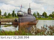 Купить «Советская подводная лодка Б-440 облачным августовским днем. Музей в городе Вытегра. Вологодская область, Россия», фото № 32268994, снято 16 августа 2019 г. (c) Виктор Карасев / Фотобанк Лори