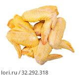 Купить «Raw farmer chicken wings», фото № 32292318, снято 11 июля 2020 г. (c) Яков Филимонов / Фотобанк Лори