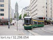 Купить «Tram Skoda on Helsinki», фото № 32298054, снято 23 мая 2019 г. (c) Юлия Бабкина / Фотобанк Лори