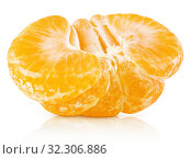 Half of tangerine or orange citrus fruit isolated on white. Стоковое фото, фотограф Роман Самохин / Фотобанк Лори