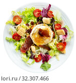Купить «Tasty salad from goat cheese, vegetables, meat and honey at plate», фото № 32307466, снято 15 ноября 2019 г. (c) Яков Филимонов / Фотобанк Лори