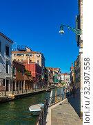 Купить «Scenic view of Venetian canals», фото № 32307558, снято 5 сентября 2019 г. (c) Яков Филимонов / Фотобанк Лори
