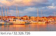 Купить «Aegina town at sunset», фото № 32326726, снято 13 сентября 2019 г. (c) Роман Сигаев / Фотобанк Лори