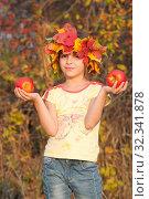 Купить «Девочка в венке из осенних листьев с яблоками в руках», фото № 32341878, снято 26 октября 2019 г. (c) WalDeMarus / Фотобанк Лори
