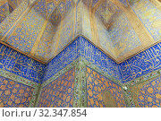 Khajeh Rabi Mausoleum, Mashhad, Khorasan Razavi Province, Iran. Стоковое фото, фотограф Ivan Vdovin / age Fotostock / Фотобанк Лори