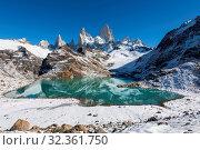 Купить «Mount Fitz Roy with covering of snow, Lago de los Tres (Laguna de los Tres), El Chalten, Los Glaciares National Park, UNESCO World Heritage Site, Patagonia, Argentina, South America», фото № 32361750, снято 9 апреля 2019 г. (c) age Fotostock / Фотобанк Лори