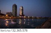 Купить «Evening view of Port in Barcelona. Catalonia, Spain.», видеоролик № 32365578, снято 26 апреля 2019 г. (c) Яков Филимонов / Фотобанк Лори