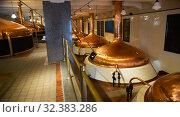 Купить «Brewery brewhouse interior. Modern brewery», фото № 32383286, снято 10 декабря 2019 г. (c) Яков Филимонов / Фотобанк Лори