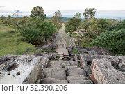 Купить «The Khmer Temples of Prsat Preah Vihear north of the town Sra Em in the province of Preah Vihear in Northwest Cambodia. Cambodia, Sra Em, November, 2017,», фото № 32390206, снято 17 февраля 2020 г. (c) age Fotostock / Фотобанк Лори