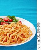 Купить «close-up of french crispy fried spicy onions», фото № 32396606, снято 18 сентября 2019 г. (c) Oksana Zh / Фотобанк Лори