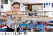 Купить «Portrait of sad teenage athlete», фото № 32397494, снято 17 января 2019 г. (c) Яков Филимонов / Фотобанк Лори