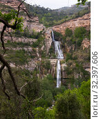 Купить «Waterfall in Sant Miquel del Fai», фото № 32397606, снято 5 мая 2018 г. (c) Яков Филимонов / Фотобанк Лори