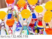 Купить «Russia, Samara, March 2019: Disposable Shrovetide dolls prepared for burning at the winter farewell festival.», фото № 32406118, снято 10 марта 2019 г. (c) Акиньшин Владимир / Фотобанк Лори