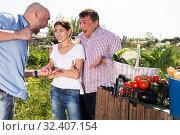 Купить «Farm neighbors quarrel over farm backyard», фото № 32407154, снято 12 сентября 2019 г. (c) Яков Филимонов / Фотобанк Лори