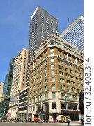 Купить «Fifth Avenue, urban view. Нью-Йорк, США», фото № 32408314, снято 9 мая 2019 г. (c) Валерия Попова / Фотобанк Лори