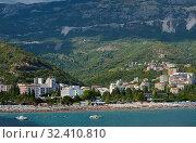 Becici hotels and beach (2017 год). Стоковое фото, фотограф Алексей Голованов / Фотобанк Лори