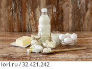 Купить «milk, yogurt, eggs, cottage cheese and butter», фото № 32421242, снято 16 августа 2018 г. (c) Syda Productions / Фотобанк Лори