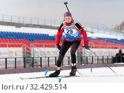 Kamchatka sportswoman biathlete Vakhrusheva Valentina skiing on distance biathlon stadium (2019 год). Редакционное фото, фотограф А. А. Пирагис / Фотобанк Лори