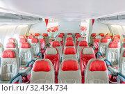 Купить «Empty passenger airplane economy seats in the cabin», фото № 32434734, снято 31 марта 2020 г. (c) easy Fotostock / Фотобанк Лори