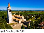 Купить «Basilica di Santa Maria Assunta in Aquileia, world Heritage», фото № 32446710, снято 4 сентября 2019 г. (c) Яков Филимонов / Фотобанк Лори