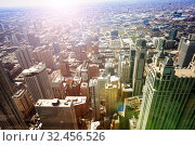 Chicago downtown streets and skyscraper buildings view (2018 год). Стоковое фото, фотограф Сергей Новиков / Фотобанк Лори