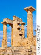 Купить «Columns of Temple of Aphaea», фото № 32472218, снято 13 сентября 2019 г. (c) Роман Сигаев / Фотобанк Лори