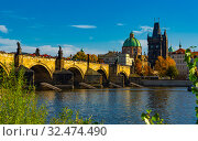Charles Bridge and Old Town Bridge Tower in Prague, Czech Republic. Стоковое фото, фотограф Яков Филимонов / Фотобанк Лори