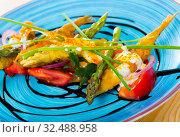 Battered anchovies with sauce and vegetables. Стоковое фото, фотограф Яков Филимонов / Фотобанк Лори