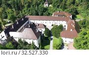 Купить «Panoramic view from drone of the Bistra castle in Vrhnika. Slovenia», видеоролик № 32527330, снято 4 сентября 2019 г. (c) Яков Филимонов / Фотобанк Лори
