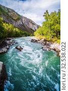 Купить «Behemoth River Rapid on the Chuya River, Mountain Altai, Russia», фото № 32538022, снято 13 сентября 2019 г. (c) Вадим Орлов / Фотобанк Лори