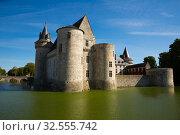 View of Chateau de Sully-sur-Loire (2018 год). Редакционное фото, фотограф Яков Филимонов / Фотобанк Лори