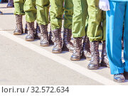 Soldiers in the ranks, military uniforms and shoes. Стоковое фото, фотограф Акиньшин Владимир / Фотобанк Лори