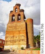 Купить «Stork nests on the bell gable of the parish church - Villar de Mazarife, Castile and Leon, Spain», фото № 32574766, снято 9 апреля 2020 г. (c) age Fotostock / Фотобанк Лори