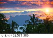 Купить «Sunset over the sea and mountains,  Tahiti», фото № 32581386, снято 24 июня 2011 г. (c) Куликов Константин / Фотобанк Лори