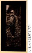 Купить «The prospector, 1920», фото № 32618774, снято 12 июля 2020 г. (c) age Fotostock / Фотобанк Лори