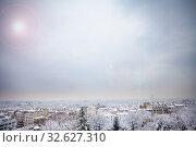 Купить «Winter day panorama and sky of Paris from above», фото № 32627310, снято 7 февраля 2018 г. (c) Сергей Новиков / Фотобанк Лори