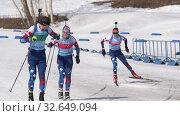 Купить «Saint Petersburg team sportsman biathletes Roduner Dionis and Starovoitova Anna skiing snow ski track relay race Junior biathlon competitions East of Cup», видеоролик № 32649094, снято 14 апреля 2019 г. (c) А. А. Пирагис / Фотобанк Лори