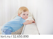 Купить «beautiful smile baby on white background», фото № 32650890, снято 13 декабря 2019 г. (c) Майя Крученкова / Фотобанк Лори