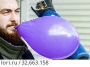 AMSTERDAM - The Dutch government is planning to ban the sale of nitrous oxide, or laughing gas, for recreational use. The decision follows several warnings... (2019 год). Редакционное фото, фотограф Niels Ralph Wenstedt / age Fotostock / Фотобанк Лори