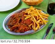 Asturian stewed beef with potatoes. Стоковое фото, фотограф Яков Филимонов / Фотобанк Лори
