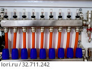 Купить «pipe routing for underfloor heating», фото № 32711242, снято 18 декабря 2019 г. (c) Дмитрий Бачтуб / Фотобанк Лори
